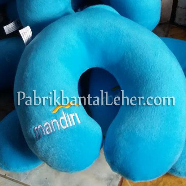 bantal leher bank mandiri biru muda