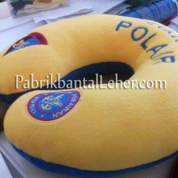 bantal leher polair kuning biru