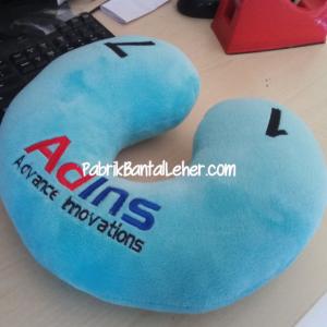 bantal leher promosi adins yelvo biru